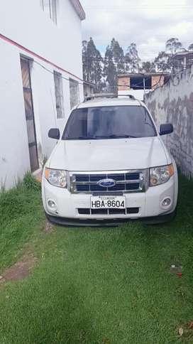 Hermoso Ford escape año 2011