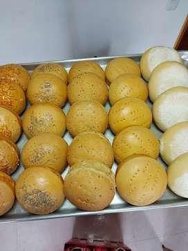 Se nesecita panadero con experiencia