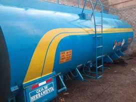 Se vende cisterna de 7000 galones (seminueva)