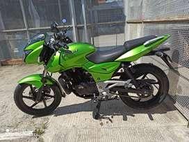 Vendo moto pulsar 180 ug verde