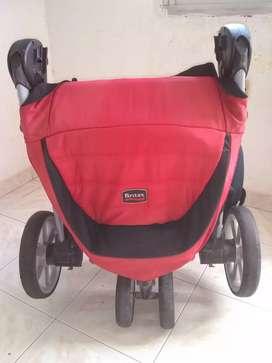 Vendo coche corral y silla para bebé