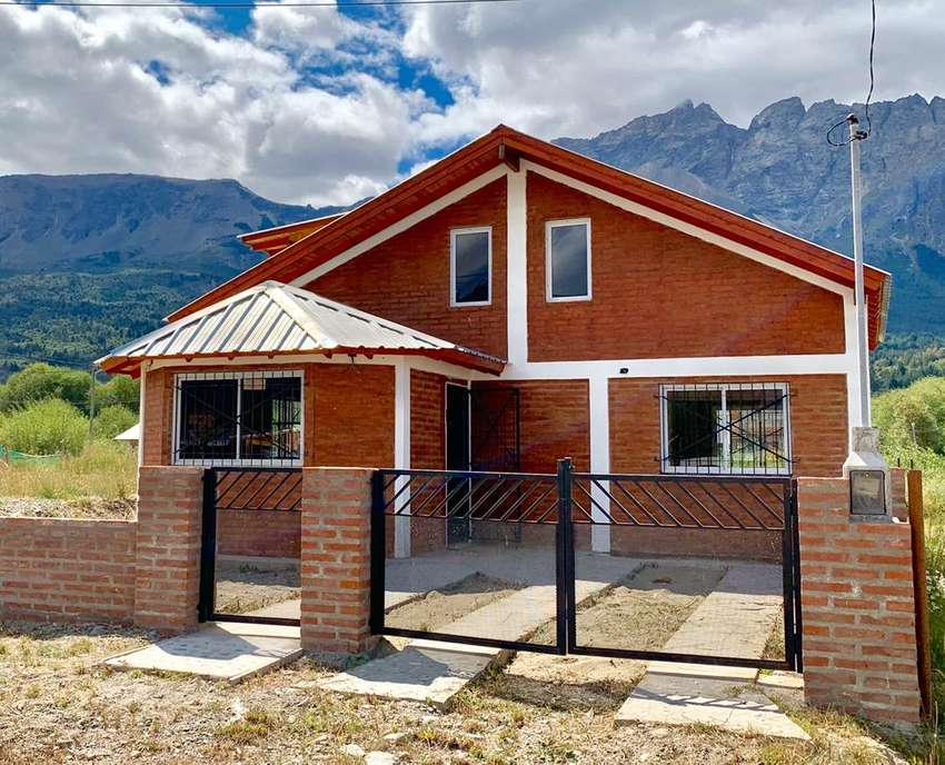 Casa A Estrenar, Con Todos Los Servicios. 2 Habitaciones 0
