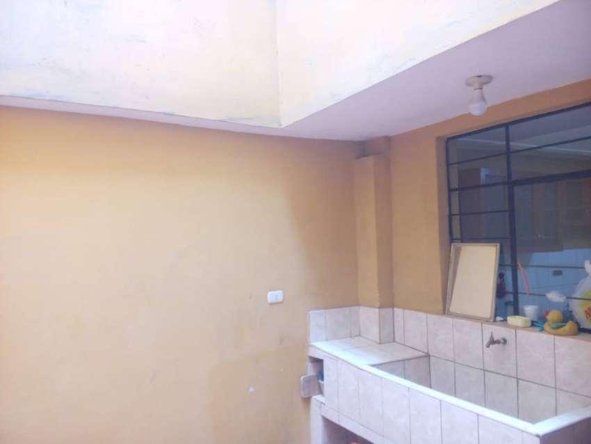 id-95357 Linda y amplia casa en plena avenida Universitaria en Comas! 0