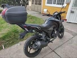MOTO CR5 200 Modelo 2019