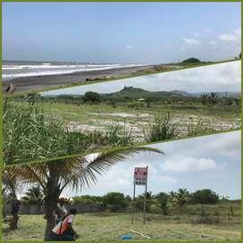 Vendo terreno frente a la Playa