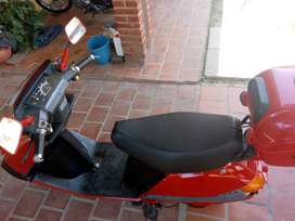 Vendo Honda elite 80. Cc