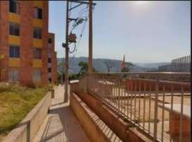 Vendo apartamento en Bosques de San Sebastian - Sector Carrizal