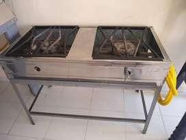 Horno de hacer pizzas y estufa industrial
