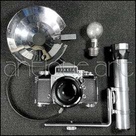 A64 Camara 35mm Exakta Varex Ilb  Flash Analoga Colección