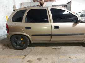 Chevrolet corsa 2003, sin are acondicionado, papeles 2021