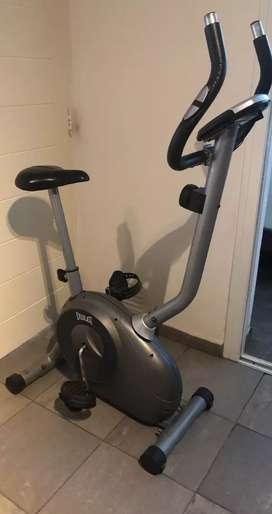 Bicicleta fija magnética Everlast impecable