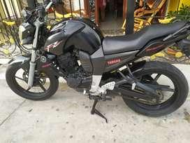 Vendo moto hermosa yamaha Fz 2010