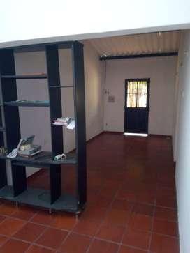 se vende NEGOCIABLE casa barrio las Granjas. Calle 32 No 7a-20