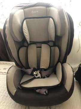 Asiento de bebe para carro DE OPORTUNIDAD!