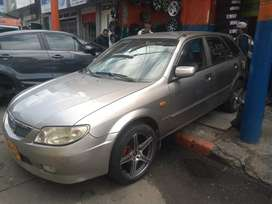Hermosa Mazda allegro HB 1300 2003