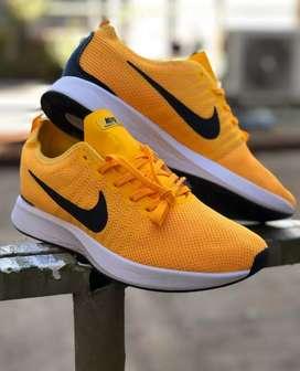 Solo por este mes Nike Adidas