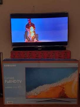 Samsung Curved 49 FullHD