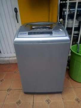 Venta de lavadora   challenger10.5kg