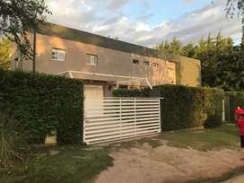 Casa en Las Chacras con Parque y Pileta