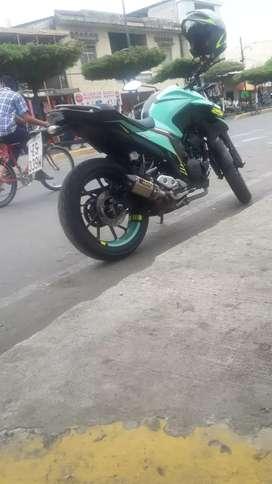 En venta moto Yamaha fz25