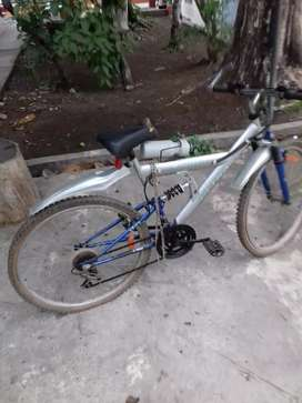 Bicicleta Ultra Montain