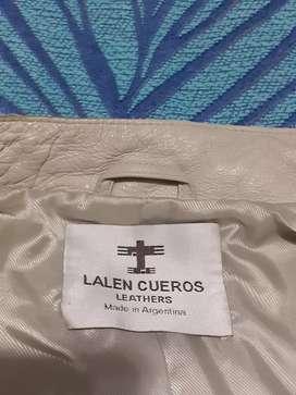 Fina Campera de mujer Cuero vacuno entallada