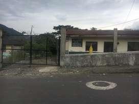 Terreno con una casa