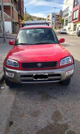 Vendo Oh Permuto Toyota Rav 4x4 con equipo de GNC
