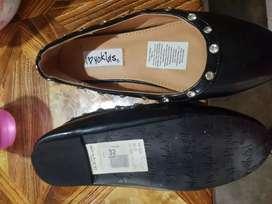 Zapatos talla 32 nuevos