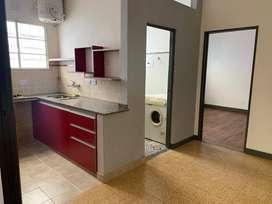 RECOLETA BARRIO NORTE, Facultad MEDICINA HOSPITALES.  2 Dormitorios Baño Cocina, 100% Refaccionado. MUY SOLEADO CONFORT