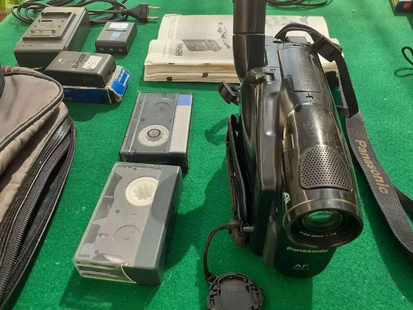 Filmadora Panasonic antigua 0