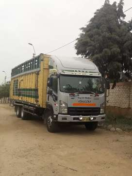 Vendo camión  isuzo  2013 precio $42500