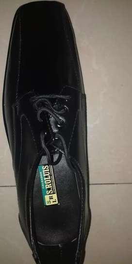 Zapatos negros S Rolouis
