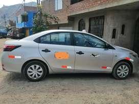 Vendo Toyota yaris gasolina y GLP a 33.000 soles precio negociable