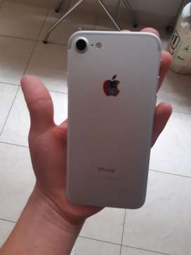 Vendo iPhone 7!