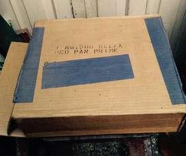 Bacinica o chata de fierro enlozado antigua sin uso en caja sellada Nunca se uso