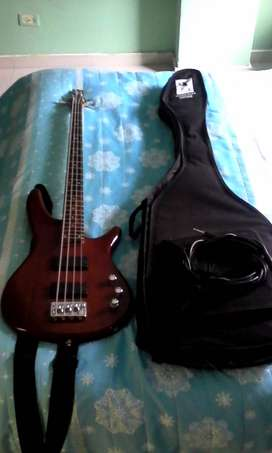 Bajo Ibanez Sound gear