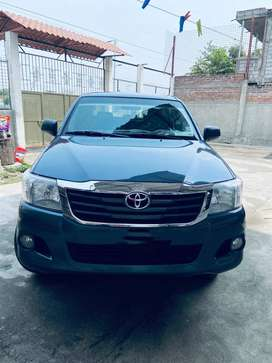 VENDO TOYOTA 4X4 FULL