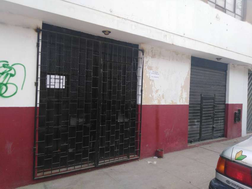 ALQUILO LOCAL COMERCIAL 0