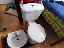 Inodoro y lavamanos