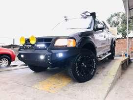 FORD F150 TODO TERRENO FULL EQUIPADO