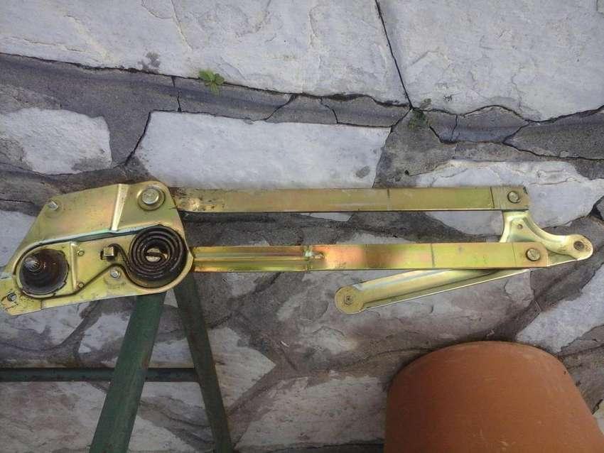 Mecanismo levanta vidrio Fiat Spacio 147 lado conductor 0