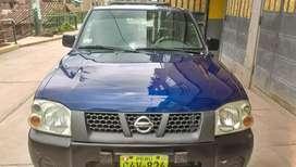 Vendo camioneta nissan 4x2