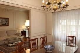 Vendo en Recoleta, 4 ambientes con dependencias, balcón al frente, baulera, alquiler de cochera optativo