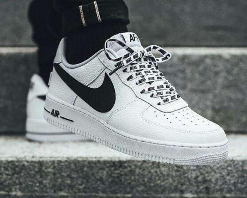 Tenis Nike Air Force 1 0