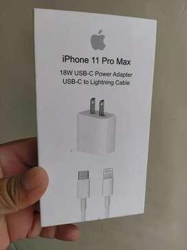 Vendo cargador para iPhone 11 pro