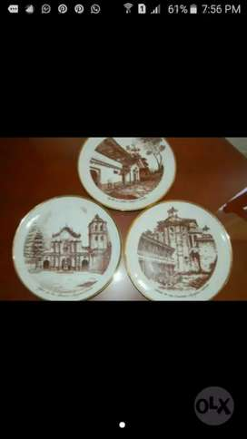 Hermosos platos pintados a mano