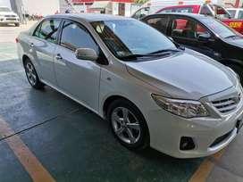 Toyota Corolla gli versión FULL