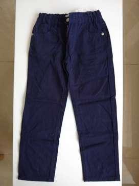 Pantalón Talla 8 Marca EPK