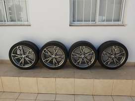 Vendo llantas y cubierta BMW originales Bridgestone  runflat rodado 18